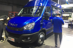 南京依维柯 欧胜M1 F1C 146马力 3.0T 8AT高顶多功能客车