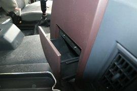 大运N8V自卸车驾驶室                                               图片