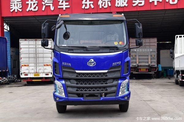 东风柳汽 新乘龙M3中卡 220马力 4X2 8.6米翼开厢式载货车