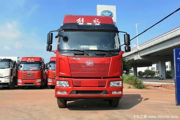 济南银月解放J6L240马力6*2载货车钜惠2.52万元