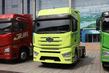 一汽解放 J7重卡 560马力 4X2 牵引车(国六)
