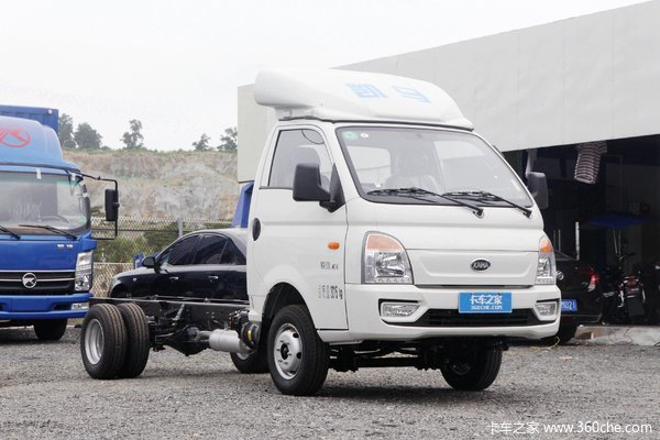 凯马 锐航X1 1.5L 113马力 3.92米单排厢式微卡(国六)