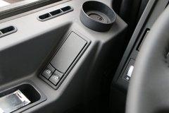 德龙X3000自卸车驾驶室                                               图片