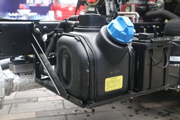 解放 虎VR 地库版 88马力 4X2 3.7米单排厢式轻卡(CA5041XXYP40K50L1E5A84)图片