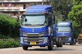 东风柳汽 新乘龙M3中卡 200马力 4X2 6.8米仓栅式载货车(LZ5168CCYM3AB)