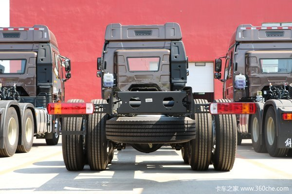 解放J6P载货车限时促销中 优惠3.5万