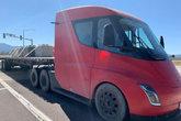 特斯拉 Semi重卡 300英里版 电动澳门赌博官方|卡车