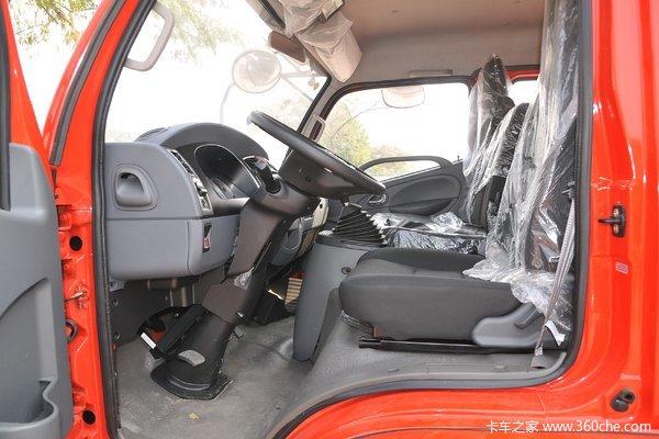 降价促销多利卡D8载货车仅售13.29万元