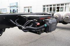 青岛解放 龙VH 2.0版 240马力 4X2 6.75米仓栅式载货车(CA5189CCYPK2L2E5A80)