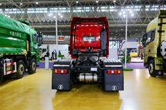 陕汽重卡 德龙X5000 轻量化版 550马力 6X4牵引车(SX4250XC4Q2) 卡车图片