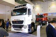 中国重汽 HOWO T7H重卡 440马力 6X4牵引车(超速挡)(ZZ4257V324HE1B)