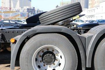 青岛解放 JH6重卡 460马力 6X4 LNG牵引车(国六)(CA4250P25K2T1NE6A80)图片