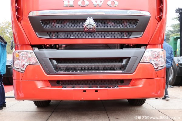 降价促销漯河重汽T7H牵引车仅售36.5万