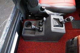 解放JH6牵引车驾驶室                                               图片