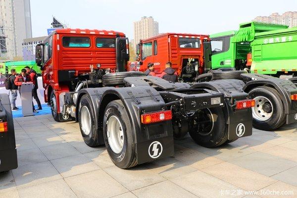 陕汽重卡 德龙X3000 超强版 550马力 6X4牵引车(缓速器)(SX4250XC42)