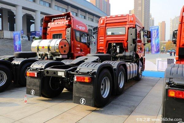 降价促销德龙新M3000牵引车仅售36.37万