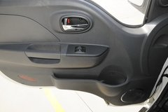 康铃X5载货车驾驶室                                               图片