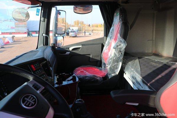 青岛解放 JH6重卡 460马力 6X4牵引车(CA4250P25K2T1E5A)