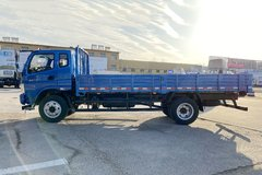 飞碟奥驰 D3系列 130马力 5.76米排半栏板载货车(FD1101P63K5-2) 卡车图片