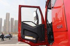 一汽解放 J6L中卡 质惠版 220马力 4X2 6.8米厢式载货车(CA5180XXYP62K1L4E5)