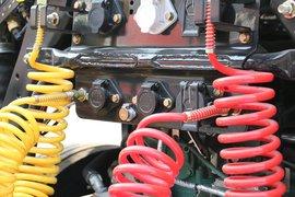 悍V牵引车底盘                                                图片