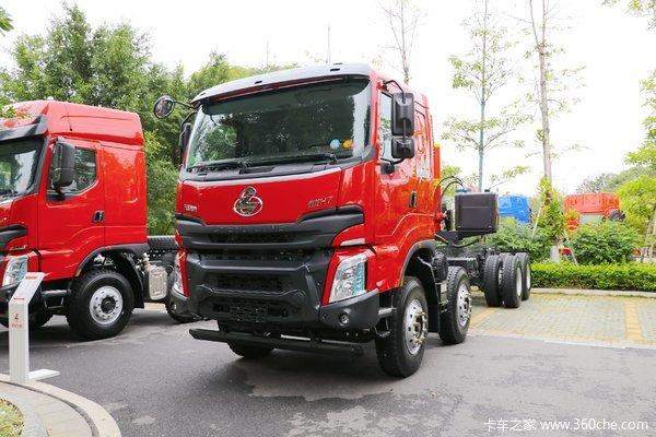 东风柳汽 乘龙H7 400马力 8X4 8米LNG自卸车(国六)