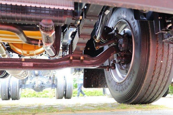 回馈客户新乘龙M3载货车仅售15.91万