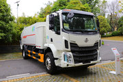 东风柳汽 新乘龙M3 4X2 排半纯电动压缩式垃圾车(福龙马牌)218kWh