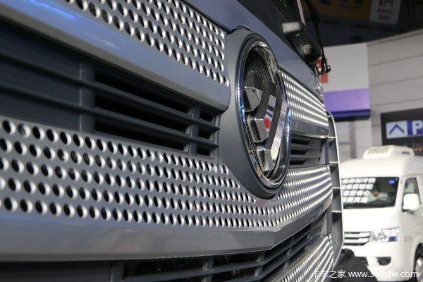 优惠0.5万齐齐哈尔欧曼EST牵引车促销