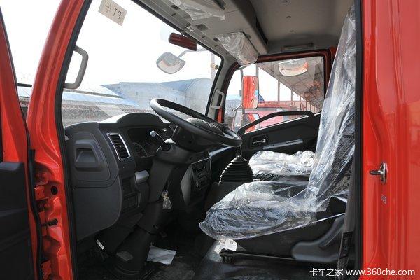 回馈客户多利卡D6载货车仅售10.23万元起
