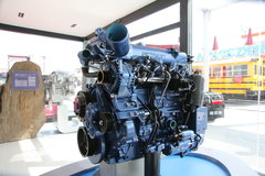 迈斯福4.8L 欧四 发动机