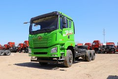 青岛解放 JH6重卡 400马力 6X4 5.4米自卸车底盘(国六)(CA3251P27K15L1T1E6A80)图片