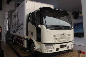 一汽解放 J6L中卡 140马力 4X2 6.8米厢式载货车(新道依茨)(CA1160P62K1L4E4)