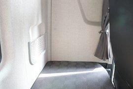 解放JH6自卸车驾驶室                                               图片