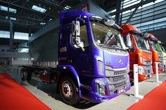 东风柳汽 新乘龙M3中卡 200马力 4X2 7.8米厢式载货车(国六)(LZ5161XXYM3AC1) 卡车图片