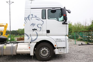 中国重汽 汕德卡SITRAK G7重卡 440马力 4X2牵引车(国六)(ZZ4186V361HF1B)图片