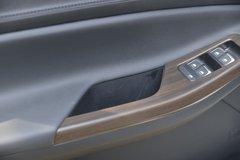 江铃 域虎9 2020款 舒享型 2.0T柴油 141马力 8挡自动 四驱 双排皮卡