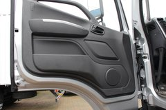 福田 欧航R系(欧马可S5) 210马力 9.78米排半厢式载货车(轴距7300)(BJ5186XXY-A3) 卡车图片