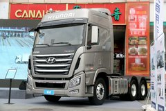 现代商用车(原四川现代) 创虎XCIENT重卡 520马力 6X4自动挡牵引车(ZF AMT手自一体)(CHM4251KPQ49V) 卡车图片