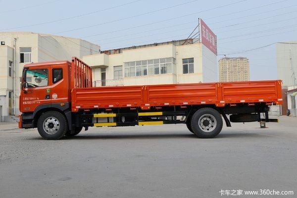 回馈客户青岛多利卡D9载货车仅售13.5万