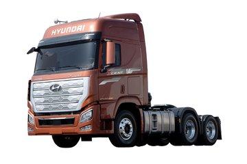 现代商用车 新一代创虎重卡 540马力 6X4 AMT自动挡牵引车(国六)(CHM4250KPQ46T)