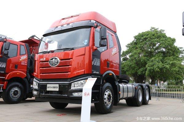 一汽解放 新J6P重卡 价值版 420马力 6X4牵引车
