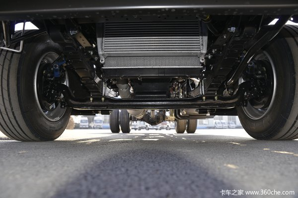江淮 帅铃Q7 170马力 5.4米排半仓栅式轻卡(国六)(HFC5128CCYP71K2D1S)