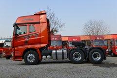 一汽解放 J7重卡 550马力 6X4 AMT自动挡牵引车(红色)(CA4250P77K25T1E5)