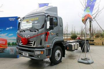 江淮 德沃斯V9 大金牛 220马力 4X2 6.8米厢式载货车