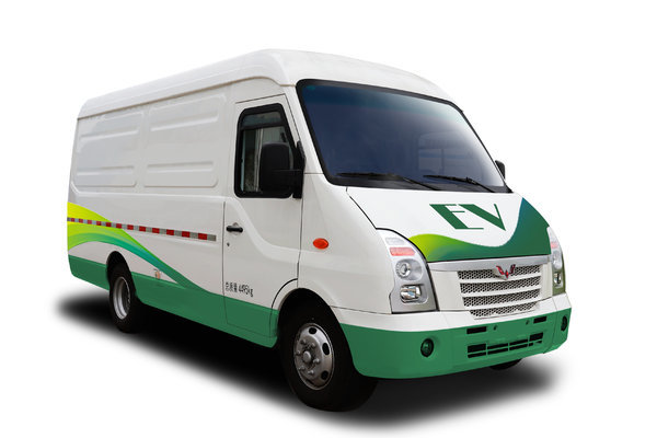 降价促销EV80电动封闭厢货仅售17.88万