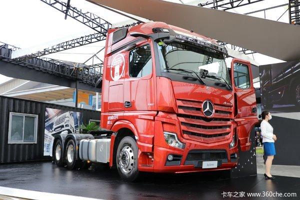 奔驰 新Actros重卡 510马力 6X2R牵引车