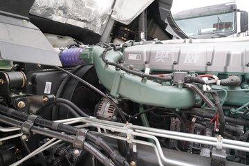 一汽解放 J7重卡 560马力 8X4 9.5米AMT自动挡厢式载货车(国六)(CA5310XXYP77K24T4E6)图片