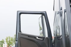 现代商用车 新一代创虎 460马力 6X4 LNG牵引车(国六)(坦迪斯12挡)(CHM4250KPQ52NT) 卡车图片