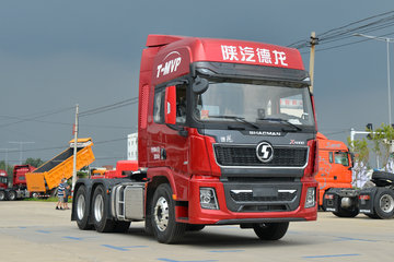 陕汽重卡 德龙X5000 480马力 6X4 AMT自动挡牵引车(国六)